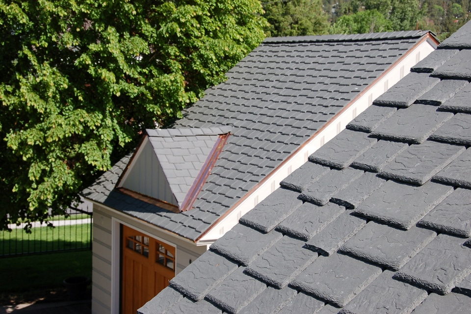 Slate gray shake roof davinci roofscapes for Davinci roof cost
