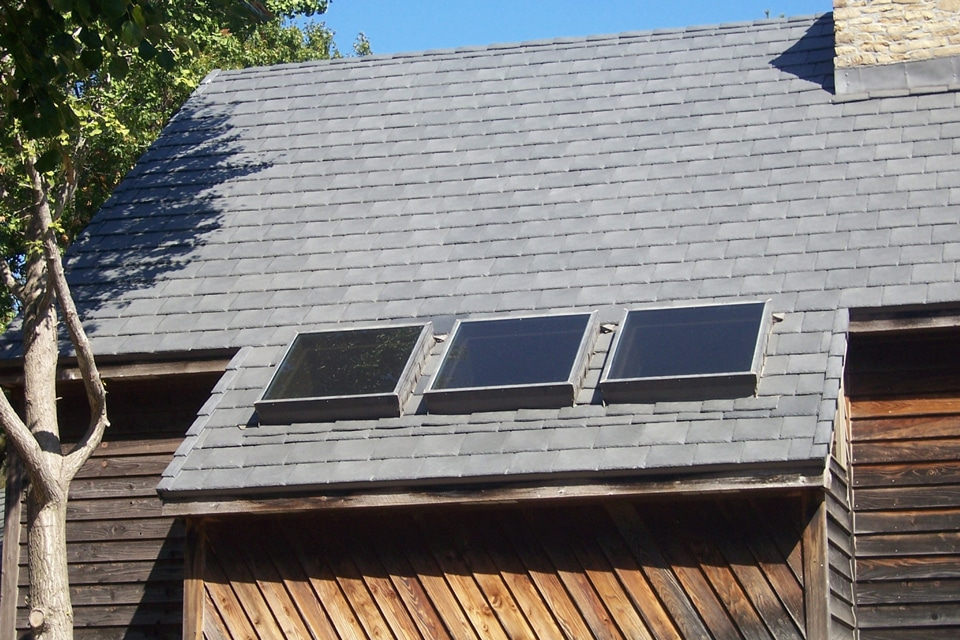 Slate gray shake roof davinci roofscapes for Davinci roofscapes llc
