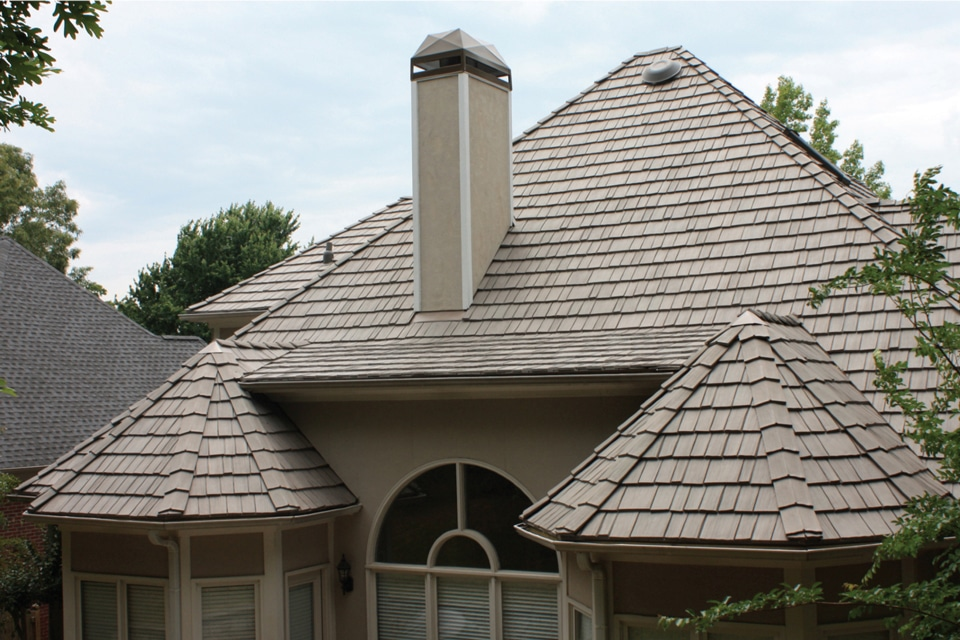 Weathered gray shake roof davinci roofscapes for Davinci shake roof reviews