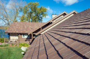 Polymer shake roof blends in with lakefront home davinci for Polymer roofing