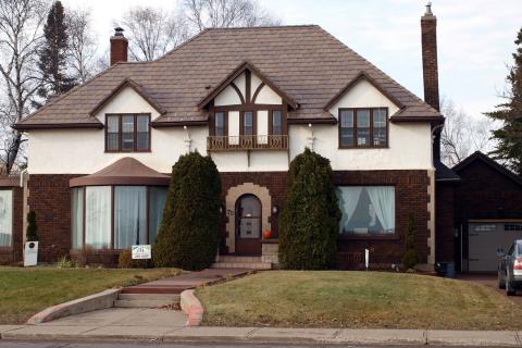Neighborhood trend setter davinci roofscapes for Davinci roofscapes llc