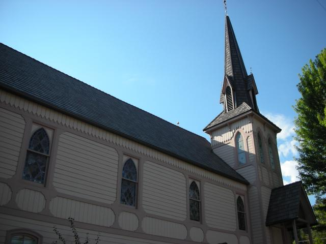 davinci shake roof on historic church in oregon