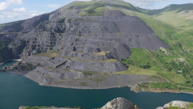 Slate Quarry – Natural Slate Inspired Colors for Synthetic Slate Roof Tile