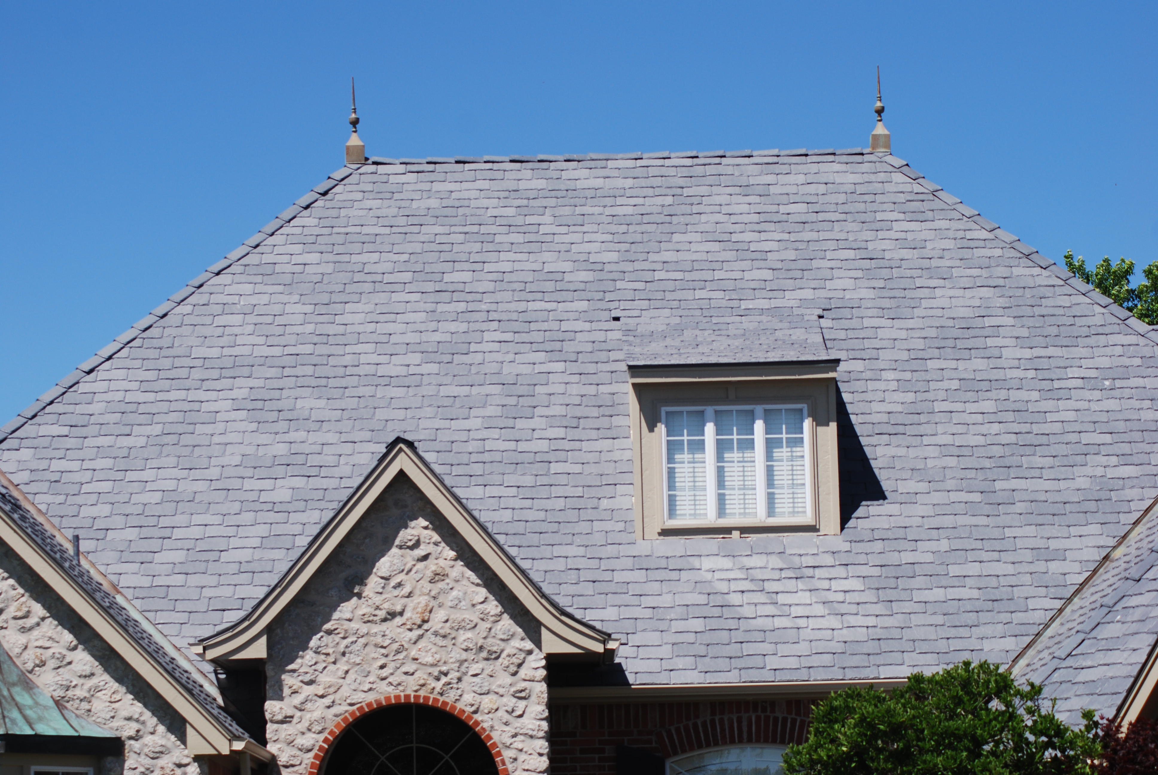 Deciding on a slate roof davinci roofscapes for Davinci roofscapes cost