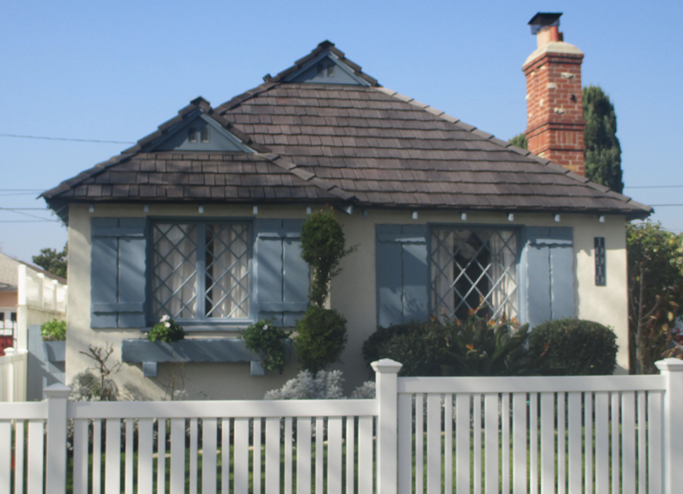 How To Choose The Right Roof For Your Storybook Home