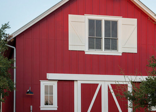 traditional barn with red and white exterior