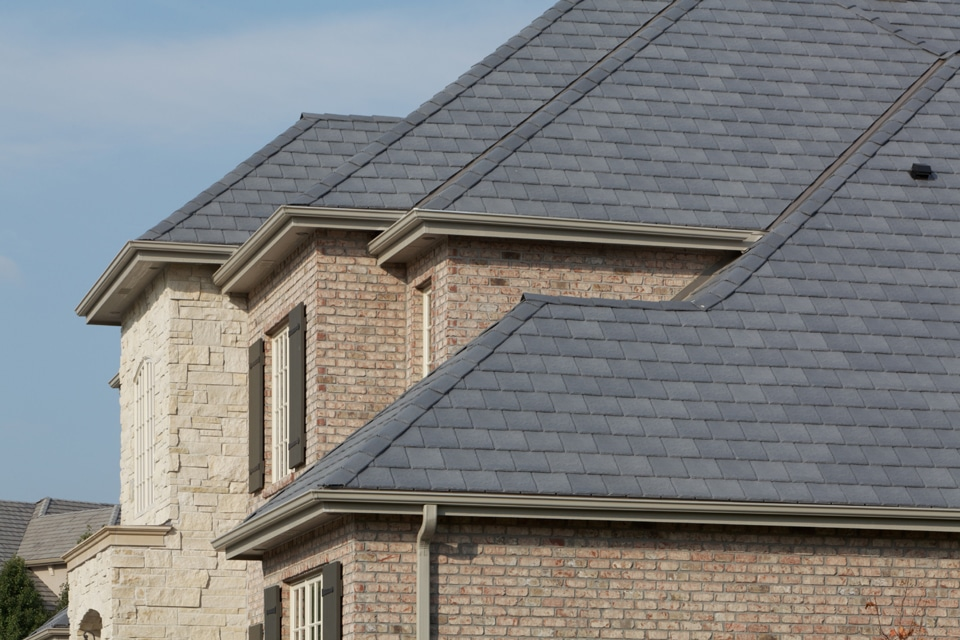Castle gray shake roof davinci roofscapes for Davinci shake roof reviews