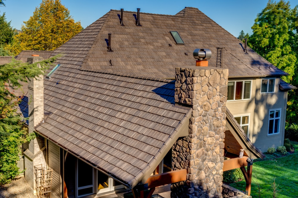 oregon home with composite shake roof from davinci roofscapes