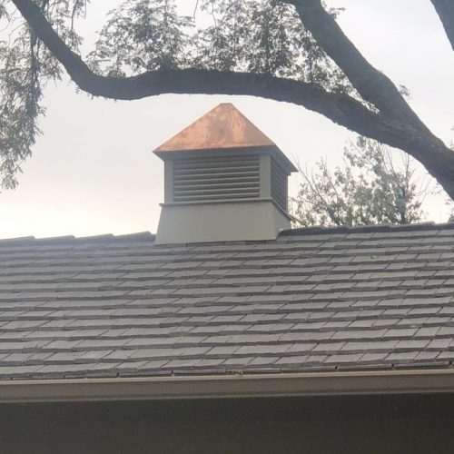 No more ail damage and fire hazards with this beautiful new Bellaforte Shake roof.