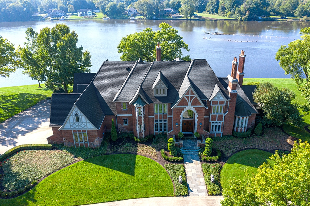 Any house can be a palace with a DaVinci roof... as this striking residence can prove.