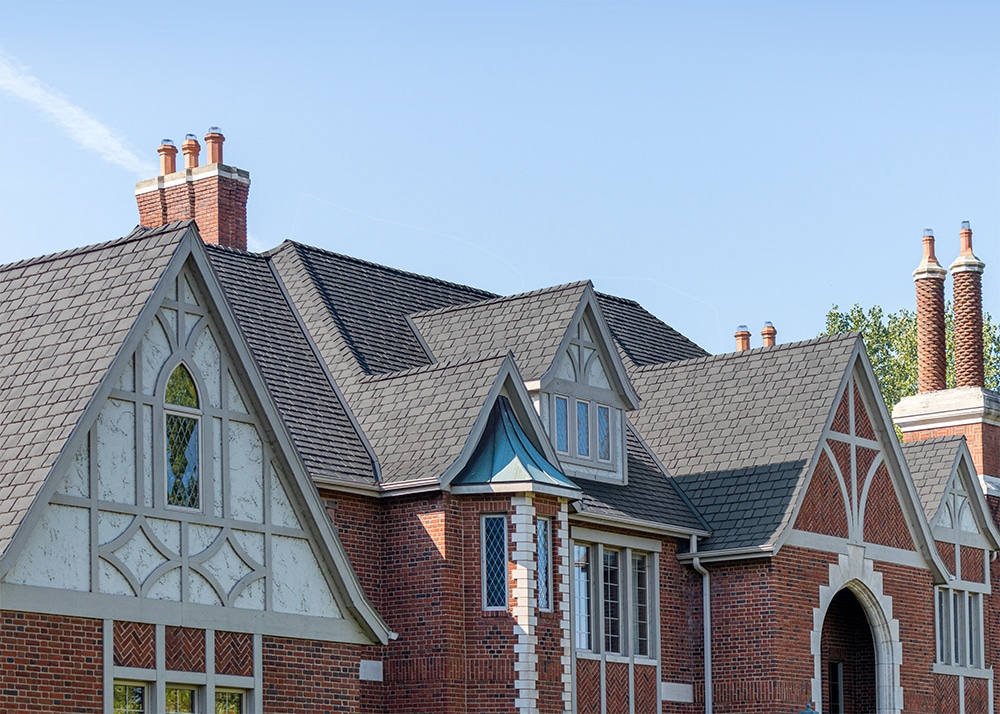 A closer view of what DaVinci can do for your palatial mansion.