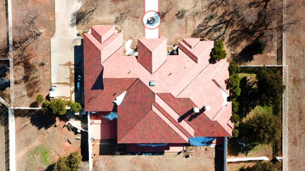 A big Texas-style roof for this Midland, TX home, courtesy of DaVinci