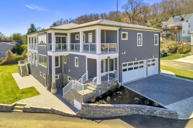 DaVinci Bellaforte Slate sits atop this New Jersey dream home