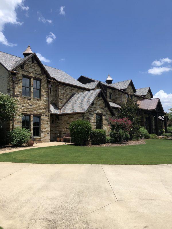DaVinci Multi-Width Slate on a Texas residence