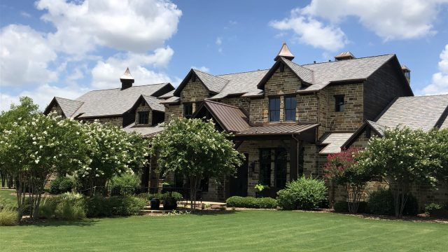 The Texas sun shines down on this beautiful multi-width slate roof