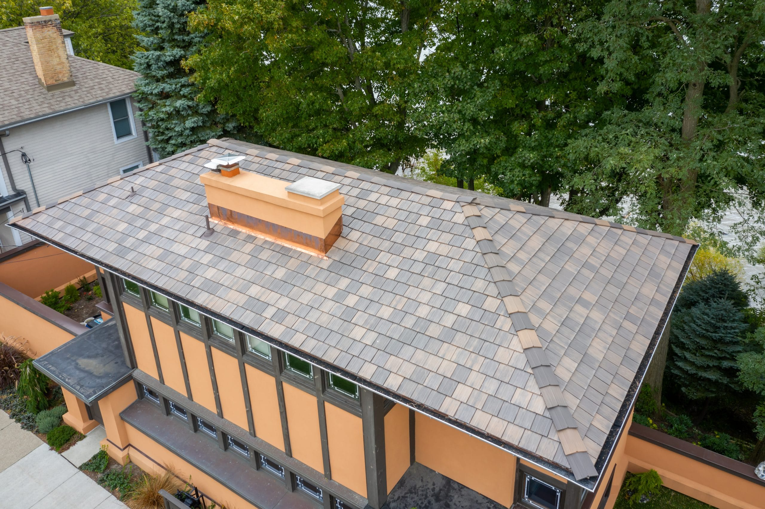 A closer look at the DaVinci roof on this historic Frank Lloyd Wright home.
