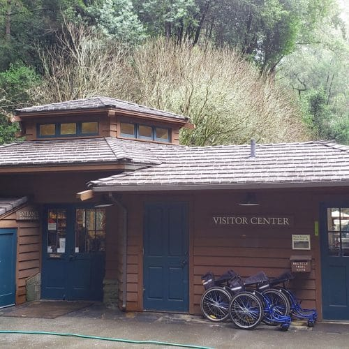 DaVinci Bellaforté Shake makes a great replacement for the John Muir Visitor Center's roof.